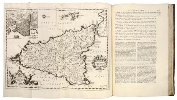 THUCYDIDES. Thoukydidou Peri tou Peloponnesiakou polemou biblia okto. Thucydidis De Bello Peloponnesiaco Libri Octo. - 3